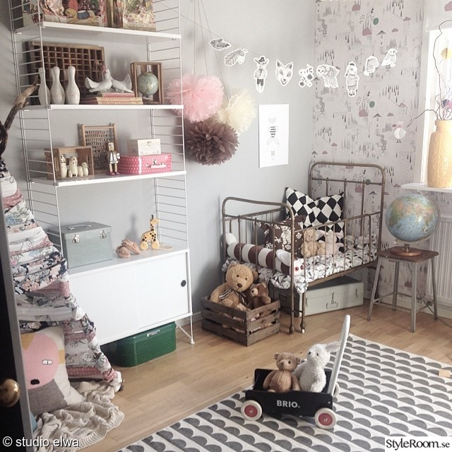stringhylla,fermliving,vintage,diy,gör det själv