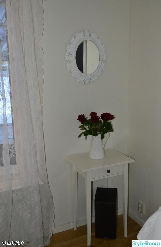 Bild på spegel Vardagsrum av LillaLo