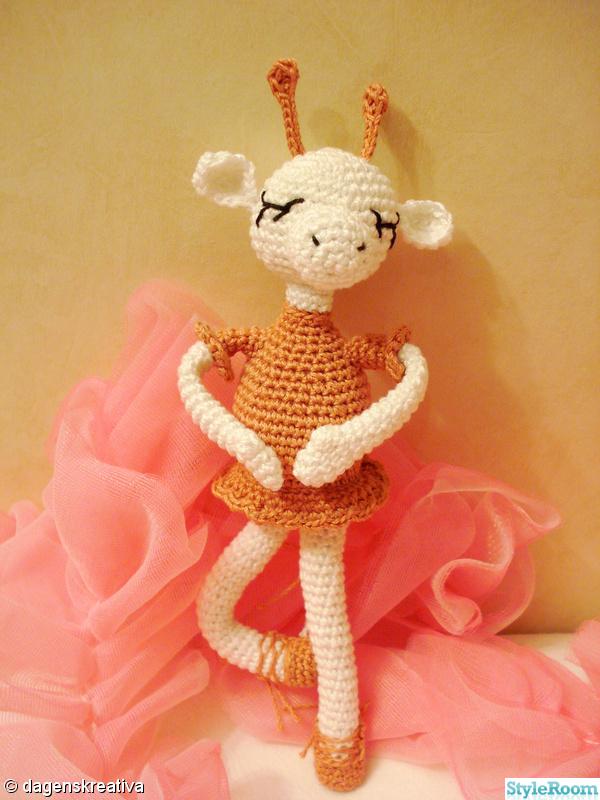 rosa,virkat,vitt,ballerina,giraff