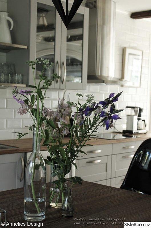 Vitt Kok Rott Kakel : vitt kakel,blommor,kokso,kok,groa koksluckor