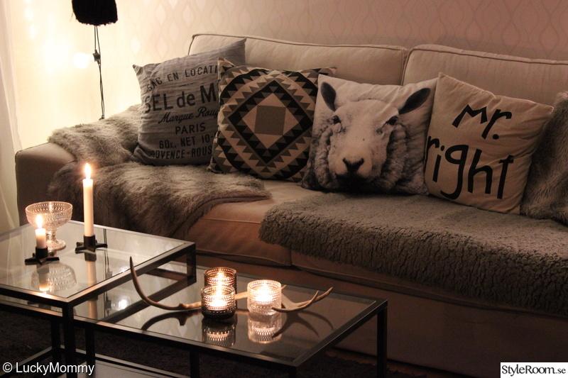 soffbord,vittsjö,ikea,soffa,kivik