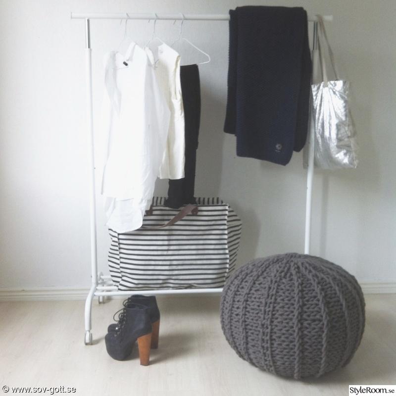 Bild på sovrumsväggen SOVRUM av alinasovgott
