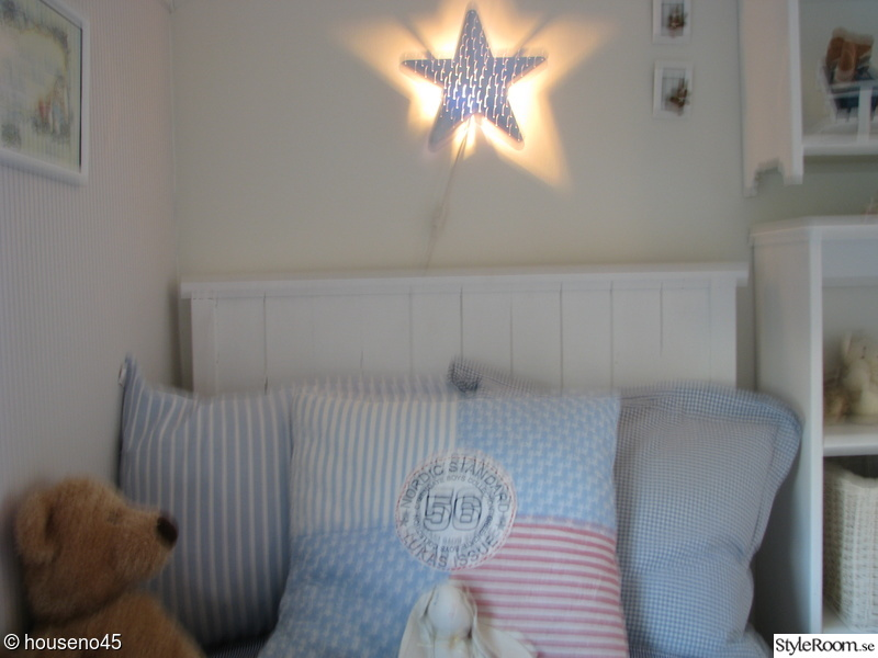 Bild på sänggavel Vårt vita ljuva hem av anjo72