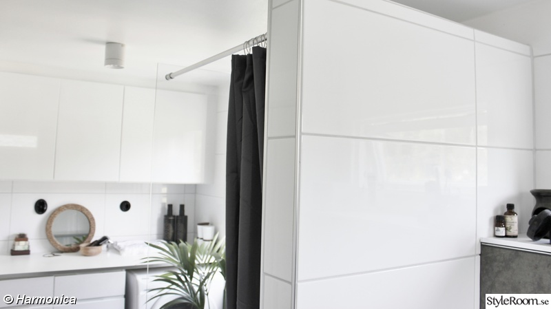 duschvägg,tvättstuga,tvättmaskin/torktumlare