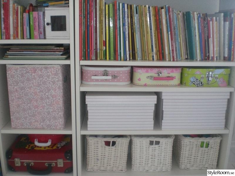 Bild på bokhylla Barnkammare&Lekrum av SaraHagneby