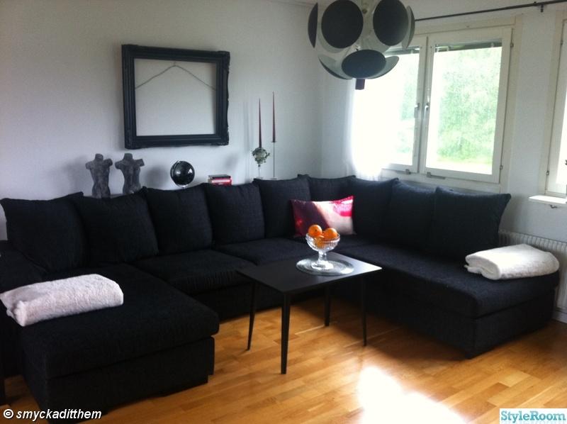 soffa,fönster,taklampa,pläd,ram