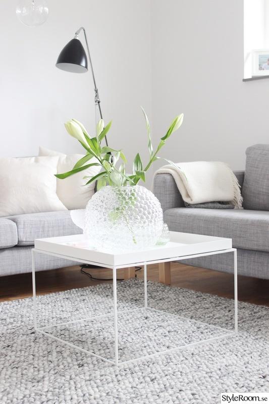 soffa,soffbord,vardagsrum,golvlampa