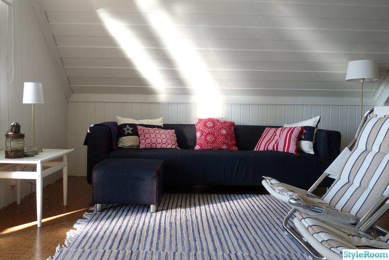 soffa,röd,kuddar,marin