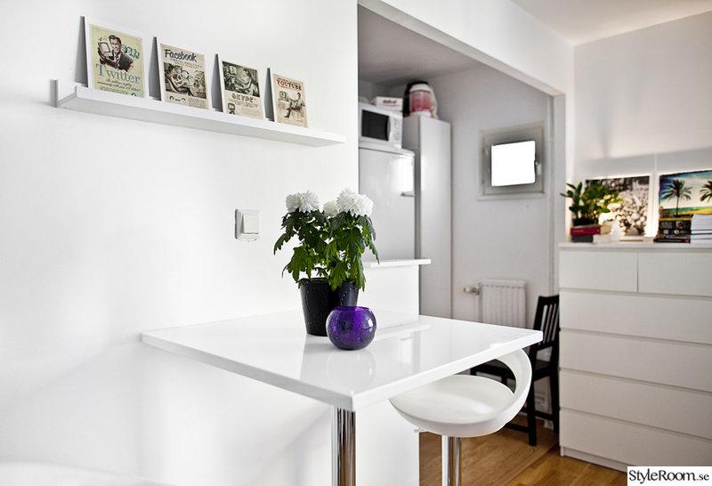 Barbord i liten lägenhet
