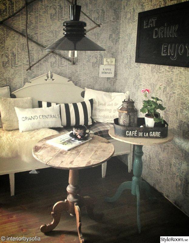 köksbord,retro lampa,tapet,grått,grå tapet