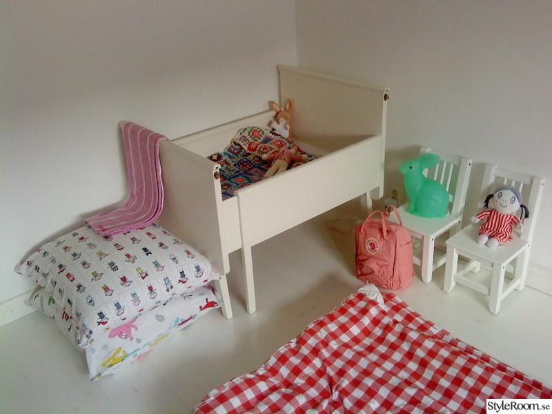 barnrum,säng