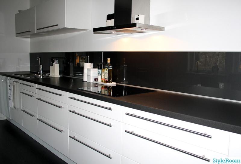 Kok Glasskiva Ikea : kok,glasskiva istollet for kakel,gro,svart bonkskiva,rostfri