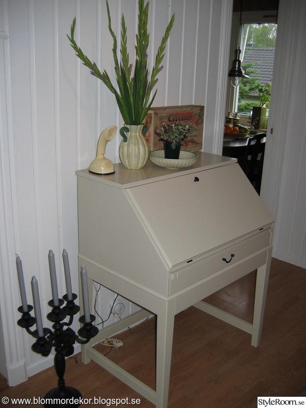 skänk,kandelaber,kobratelefon,låda,dekoration