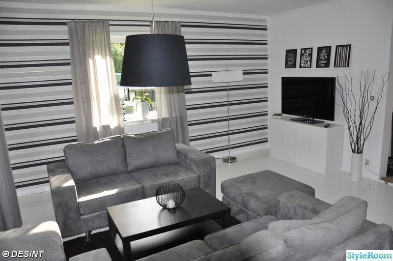 Kok Vardagsrum oppen Planlosning : oppen planlosning,vitmolat trogolv,vitt trogolv,svart och vitt