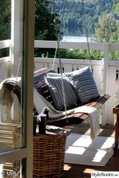 gunga,amerikansk hänggunga,utsikt balkong,sommarhus,sommar