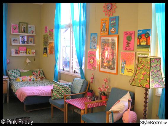 rosa,turkost,konst,tavlor,sovrum