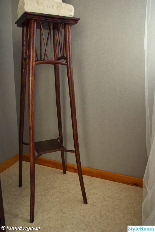 piedestal jysk ~ bild på piedestal  projekt av karinbergman