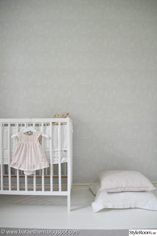 spjälsäng,barnrum