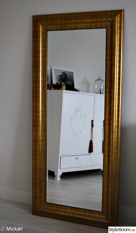 bild p spegel home is where the heart is av mikaelalingmerth. Black Bedroom Furniture Sets. Home Design Ideas
