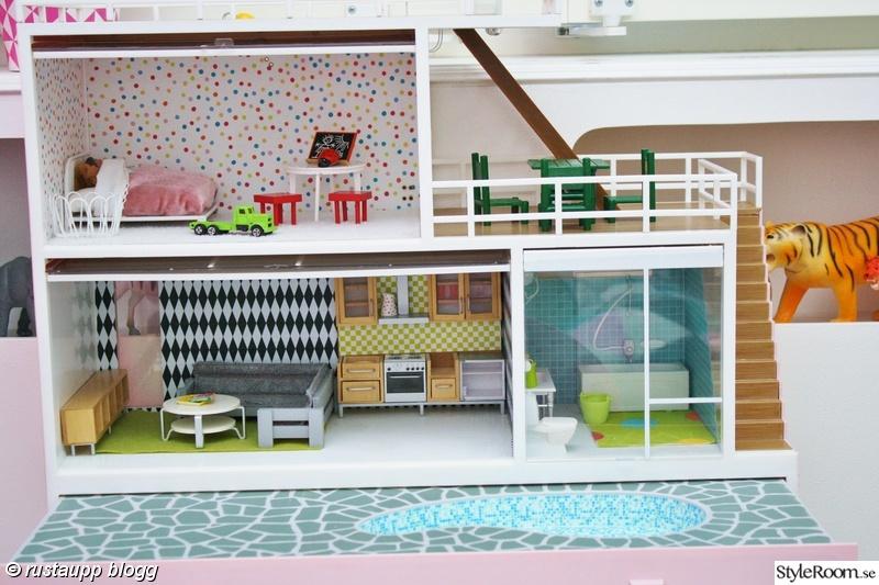 dockskåp,dockhus,dockskåpsmöbler,pyssel med barn,dockskåprenovering