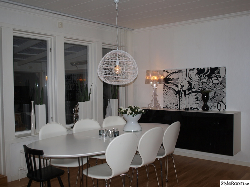 kartell bourgie,ikea,stockholm,matplats,svart