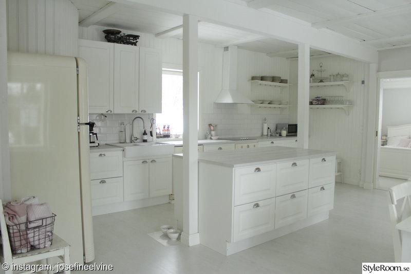 Vackra Kok Alvik : lantligt kok med kokso  lantligt kok,vitt kok,ljust kok