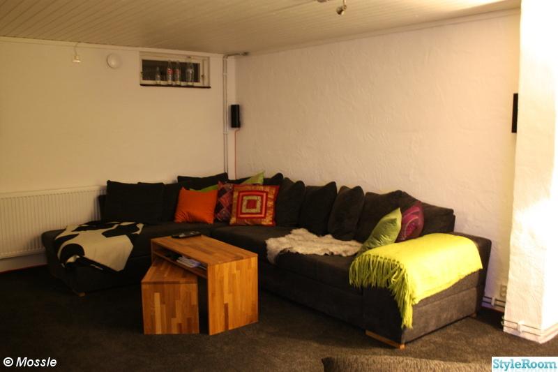 soffa,soffbord,kuddar