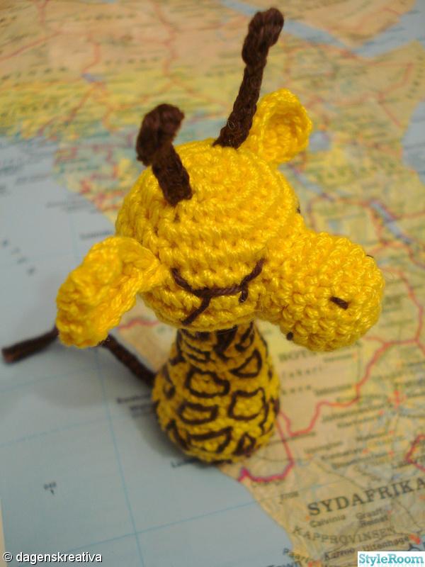 brunt,gul,virkat,giraff,dagenskreativa