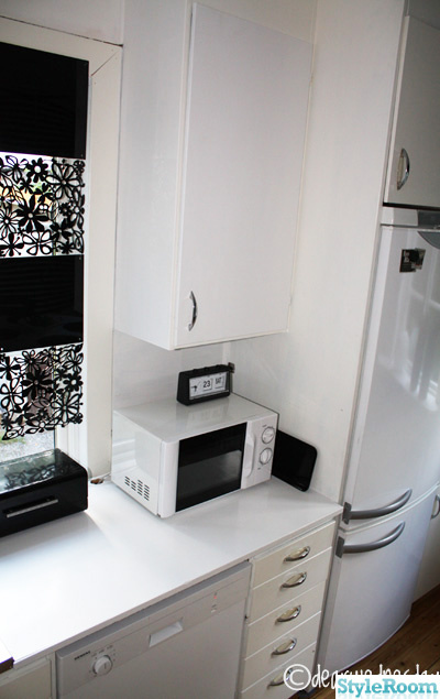 vitt,kök,brödbox,kylskåp