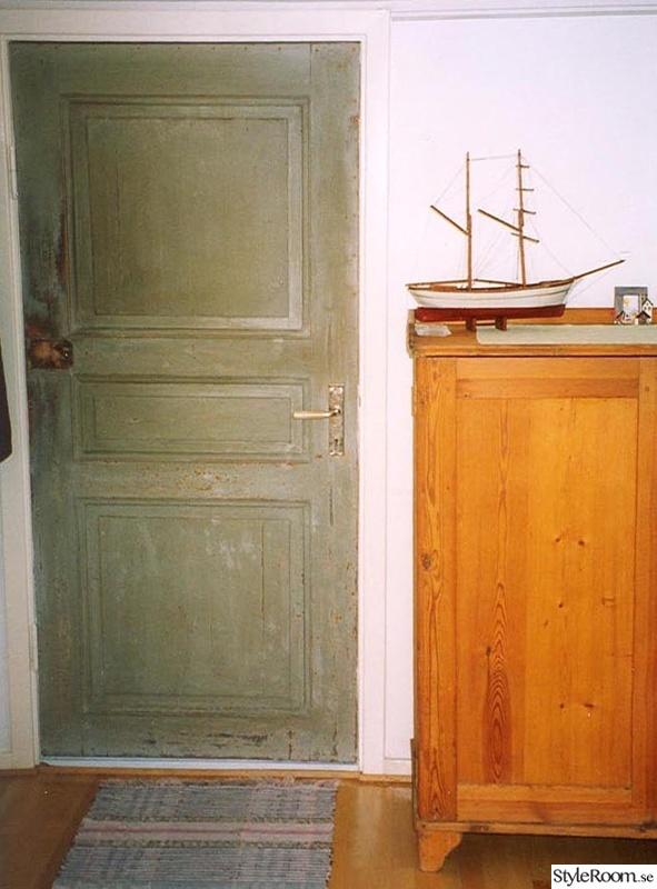 Bild på dörr huset av monasveide