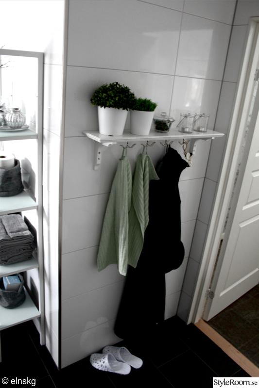 Hylla med krokar badrum u2013 Sminkebord med speil og lys
