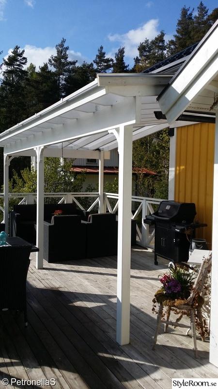 altan,altanräcke,loungegrupp,amerikansk veranda,grillhörna