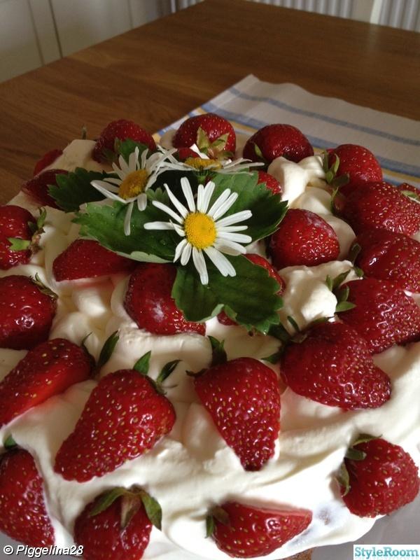 tårtfat,jordgubbar,midsommar
