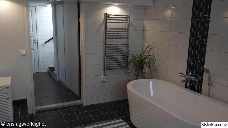 badrum,tvättstuga,tvättstugan,badrummet efter renovering,tvättstuga ...
