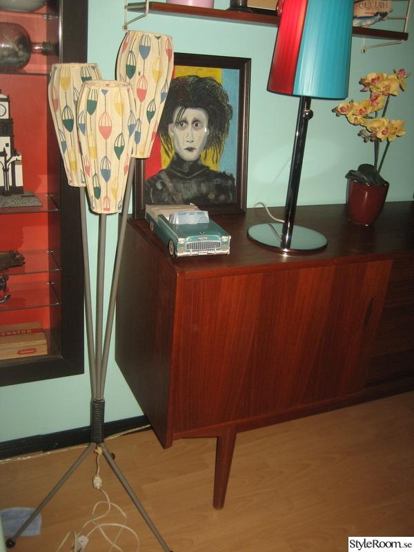 50-tal,retro,nostalgi,lampa,sideboard