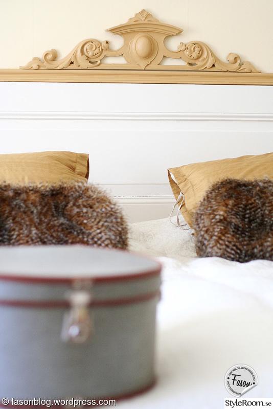 säng,hattask,gavel,sovrum,romantiskt