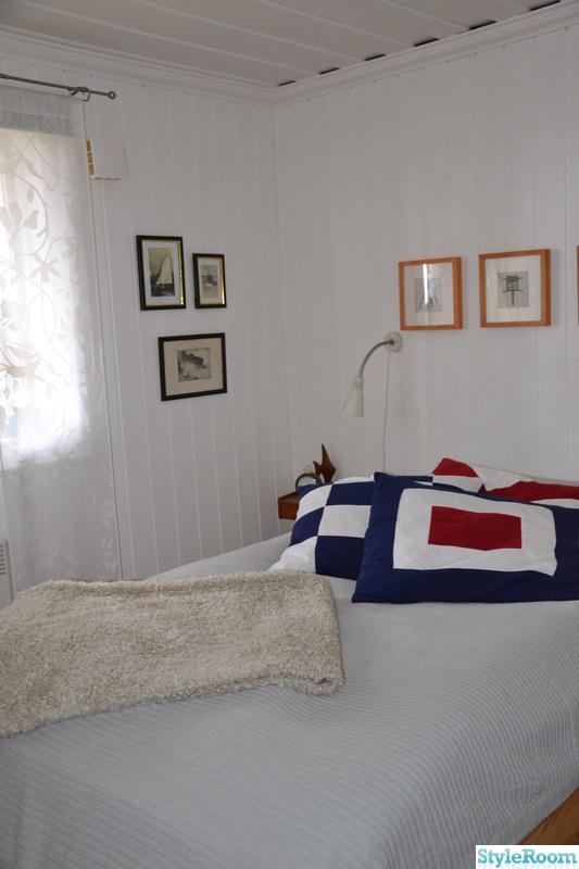 sovrum,kuddar,signalflaggor