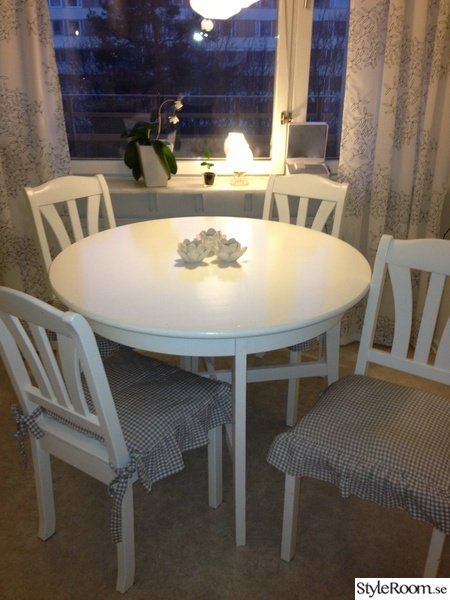 Lantligt Koksbord : lantligt koksbord  ,koksbord,picknick,sommarstuga,lantligt kok