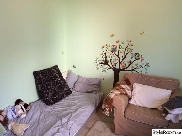barnrum,barnkammare,väggstickers,träd,uggla