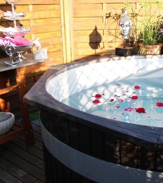 blommor,rosor,rosor i vatten,badtunna,buddha