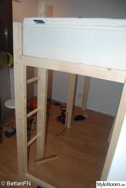 Platsbyggd säng Inspiration och idéer till ditt hem