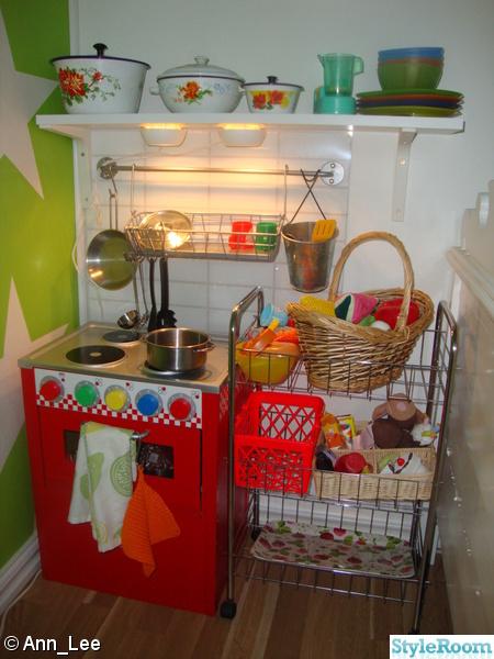 leksaksspis,leksakskök,barnrum,pojkrum