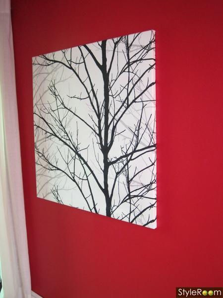 hall,röd vägg,tygtavla