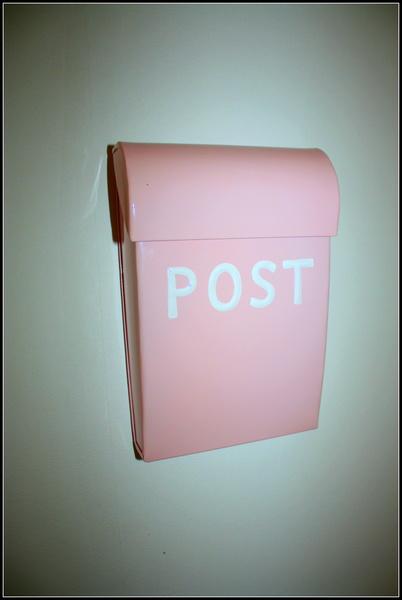 postlåda,rosa