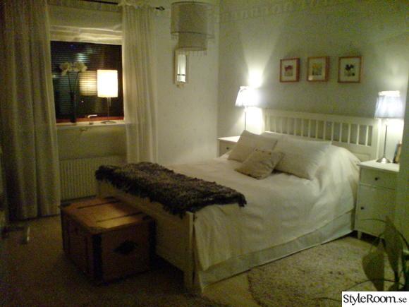 Mitt sovrum i beige och vitt Hemma hos Rufsan 1