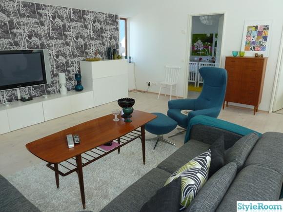 vardagsrum,teak,retro,fondvägg,fåtölj soffa