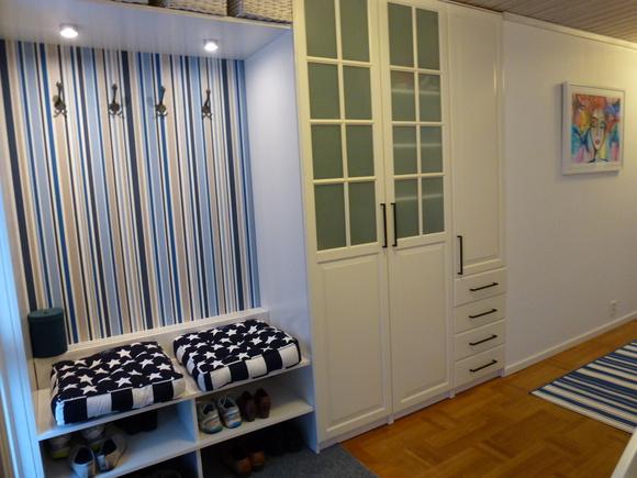 hall,förvaring,garderober,sittplats,platsbyggd hall