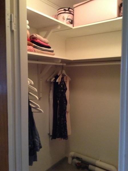 hyllor på rusta ~ walk in closet klädkammare hjÄlp!!  diskutera