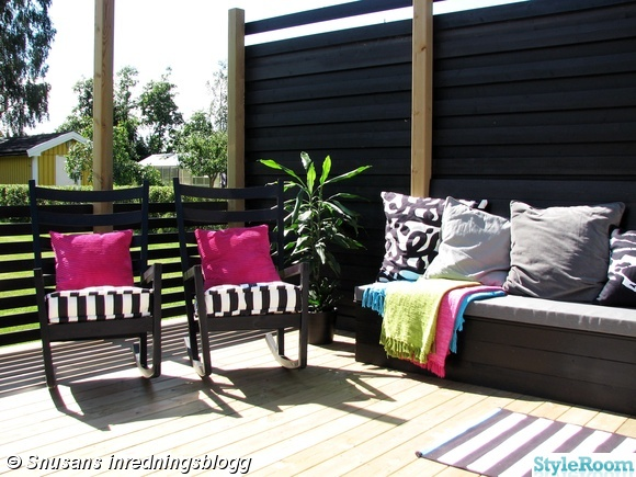 uteplats,gungstol,altan,platsbyggd soffa,bänk