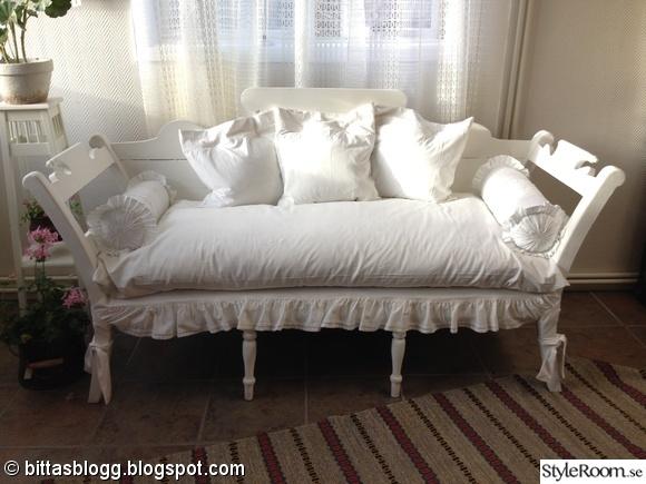 före och efter,romantisk soffa,bänk,kökssoffa,träsoffa
